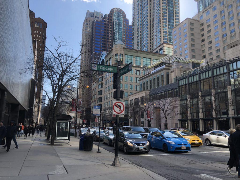 シカゴの目抜き通り「マグニフィセントマイル」の画像