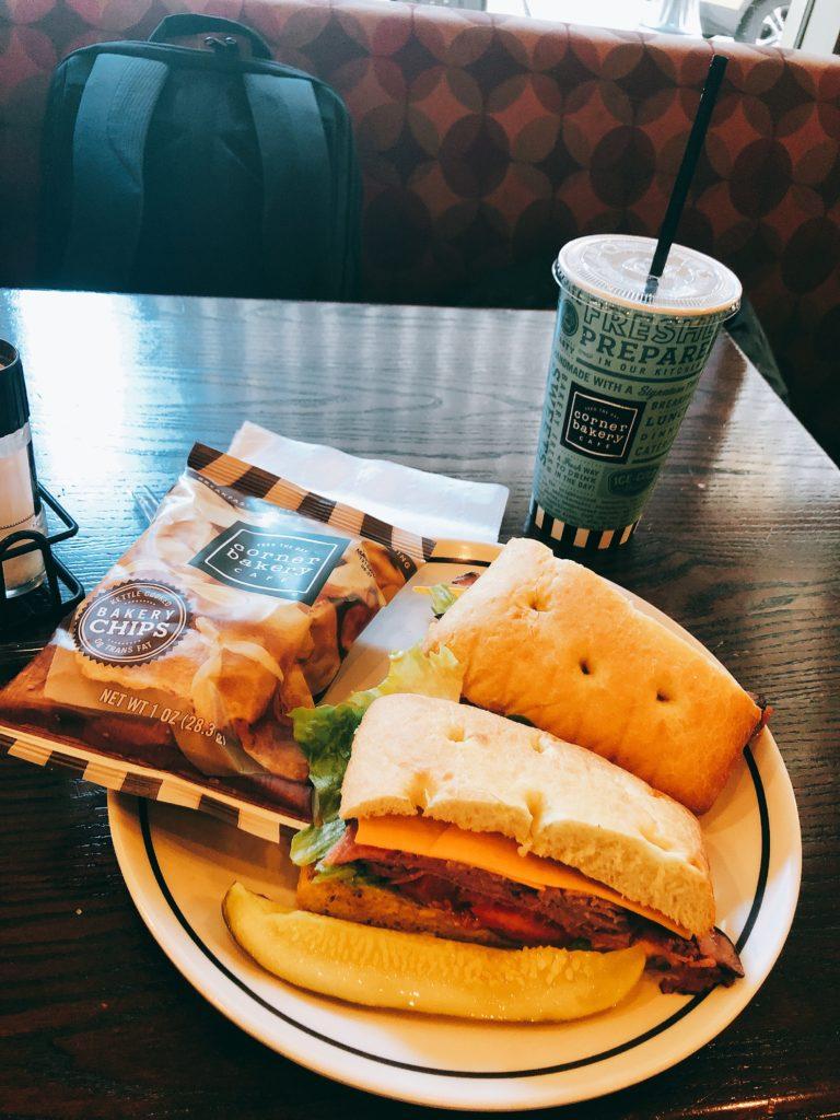 ローストビーフサンドイッチの画像