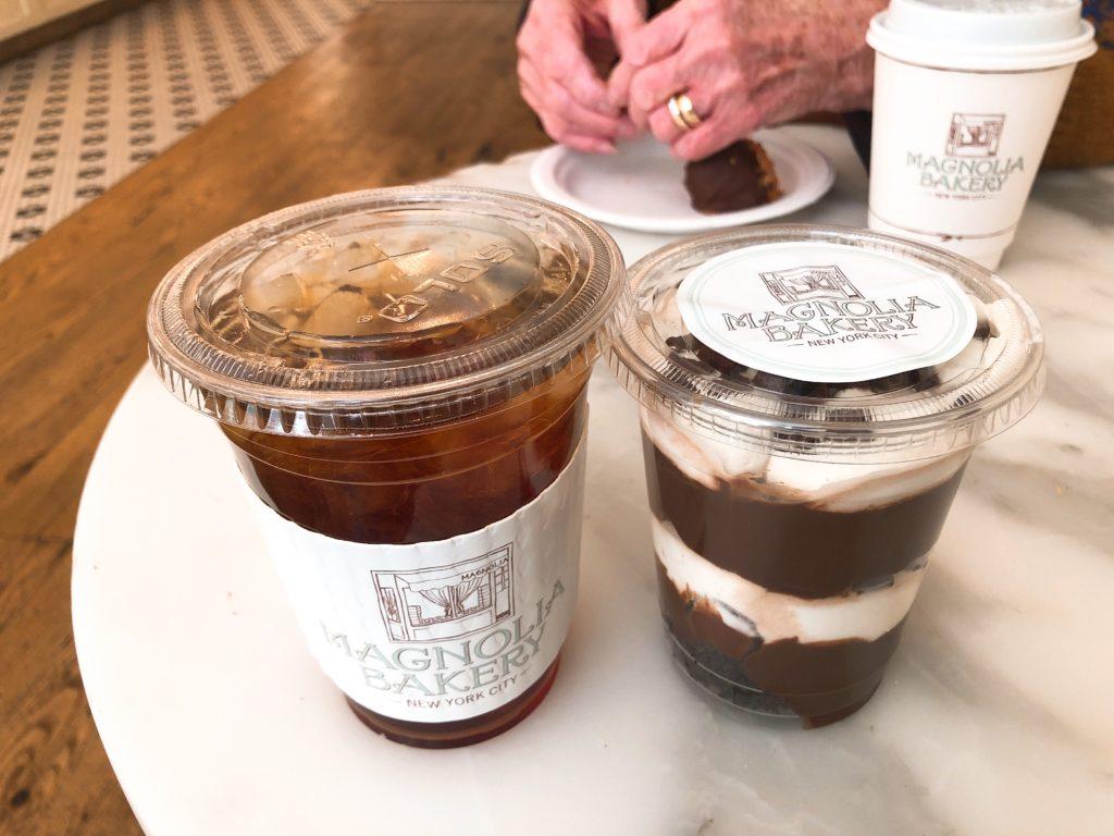 紅茶とチョコレートプディングの画像