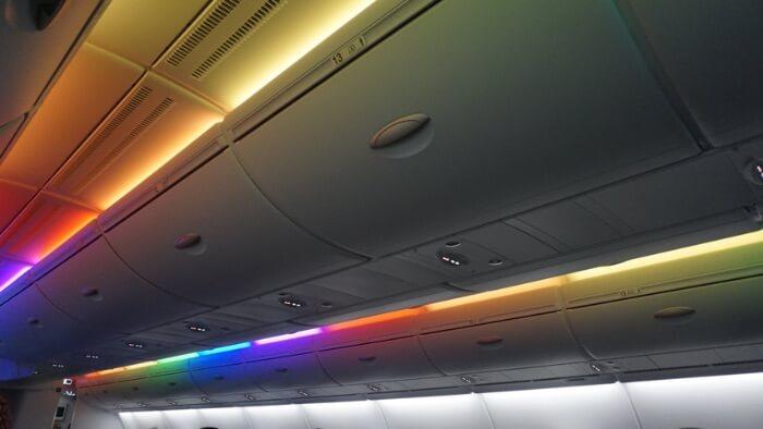 機内天井の写真